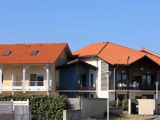 4 bedroom Villa in Biscarrosse, Nouvelle-Aquitaine, France : ref 5311676
