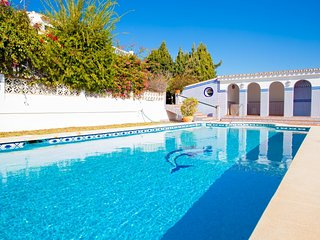 3 bedroom Villa in Benajarafe, Costa del Sol, Spain : ref 2395734