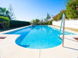 3 bedroom Villa in Benajarafe, Costa del Sol, Spain : ref 2395734