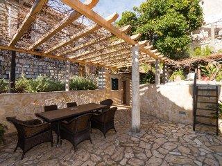4 bedroom Apartment in Dubrovnik, South Dalmatia, Croatia : ref 2395687