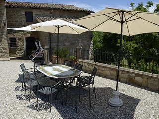 4 bedroom Villa in Perugia, Trasimeno Lake, Italy : ref 2395668