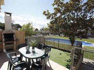 3 bedroom Villa in Cambrils, Costa Daurada, Spain : ref 2395625
