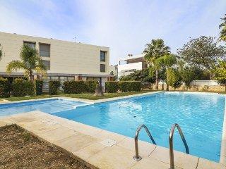 3 bedroom Villa in Ferreiras, Faro, Portugal : ref 5311644