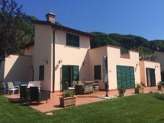 4 bedroom Villa in Elba Marina di Campo, Elba Island, Italy : ref 2395394