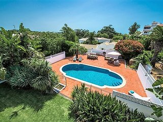 4 bedroom Villa in Lagos, Algarve, Portugal : ref 2395201
