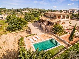 4 bedroom Villa in Moscari, Mallorca, Mallorca : ref 2394906