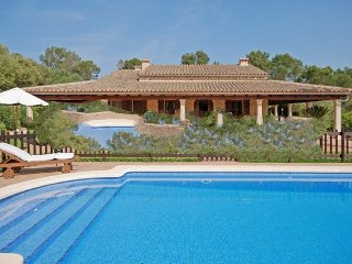 5 bedroom Villa in Costitx, Mallorca, Mallorca : ref 2394888