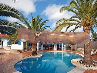 5 bedroom Villa in Manacor - Cala Murada, Mallorca, Mallorca : ref 2394876