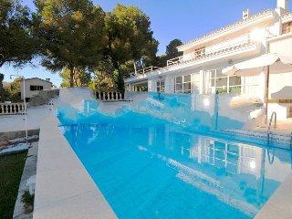 4 bedroom Villa in Son Servera - Costa de los Pinos, Mallorca, Mallorca : ref