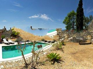 3 bedroom Villa in Selva, Mallorca, Mallorca : ref 2394872