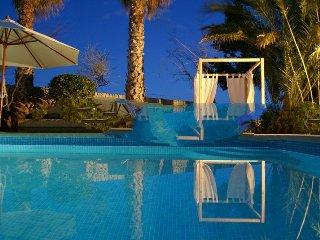 5 bedroom Villa in Sant Llorenç Des Cardassar, Mallorca, Mallorca : ref 2394855