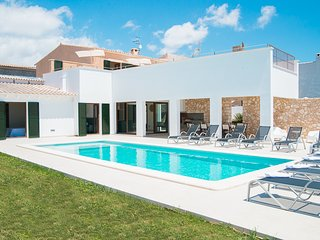 5 bedroom Villa in Cala d'Or, Mallorca, Mallorca : ref 2394679