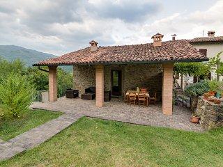 3 bedroom Villa in Castelnuovo Di Garfagnana, Garfagnana, Tuscany, Italy : ref
