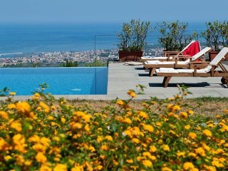 3 bedroom Apartment in Giarre, Taormina, Sicily, Italy : ref 2386914