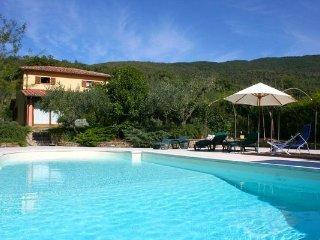 3 bedroom Villa in Camucia-monsigliolo, Tuscany Se, Tuscany, Italy : ref 2386631