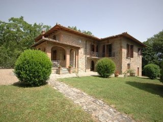 4 bedroom Apartment in Ambra, Central Tuscany, Tuscany, Italy : ref 2386482