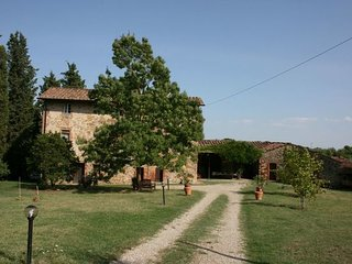 5 bedroom Apartment in Pieve Vecchia, Val D orcia, Tuscany, Italy : ref 2386309