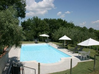 5 bedroom Apartment in Ascianello, Val D orcia, Tuscany, Italy : ref 2386182