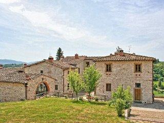 3 bedroom Apartment in Grassina, Valdarno, Tuscany, Italy : ref 2385949