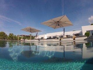 6 bedroom Villa in Cala Bassa, Islas Baleares, Ibiza : ref 2385381
