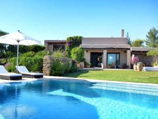 5 bedroom Villa in Playa d'en Bossa, Balearic Islands, Spain : ref 5047349
