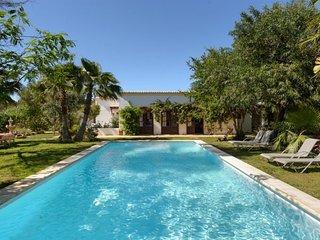 6 bedroom Villa in San Carlos/ Sant Carles de Peralta, Baleares, Ibiza : ref