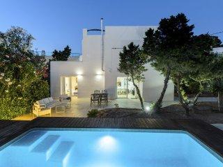 3 bedroom Villa in Sant Antoni de Portmany / San Antonio, Baleares, Ibiza : ref