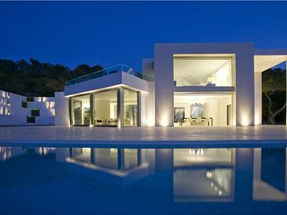 4 bedroom Villa in San Jose, Sant Agusti des Vedra, Baleares, Ibiza : ref