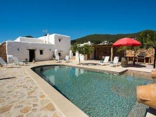 3 bedroom Villa in Santa Eulalia del Rio, Baleares, Ibiza : ref 2385328