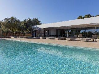 6 bedroom Villa in Santa Eulalia del Rio, Baleares, Ibiza : ref 2385327