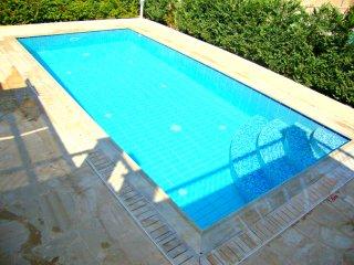 Exclusive Luxury Villa - Private Beach - Jaccuzi - Private Pool - Games Room