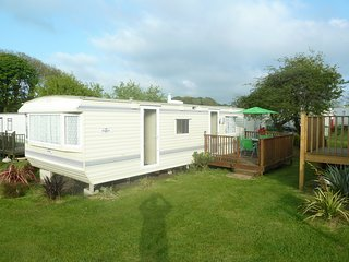 Forget Me Not - Tranquil 4/5 Berth Holiday Mobile Home in beautiful Gardens