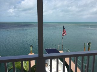 A quiet spot in paradise close to fishing with dockage included (#4), Conch Key