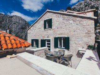 Apartment Mirabella, Omis