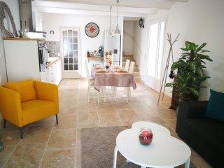 Maison provençale 100m2 plein centre ville à St Rémy de Provence