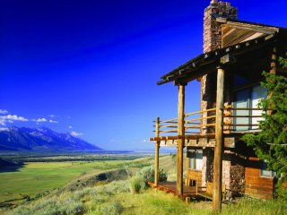 Jackson Resort with stunning Teton views for Solar Eclipse - all inclusive