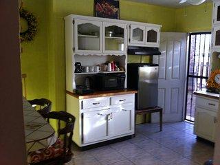 APARTAMENTO 2 RECAMARAS CERCA DE PAPAS AND BEER