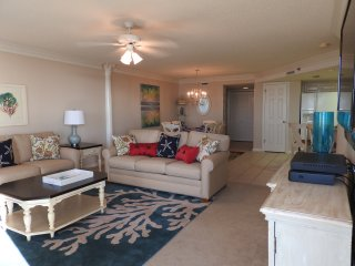 Newly furnished spacious three bedroom paradise!