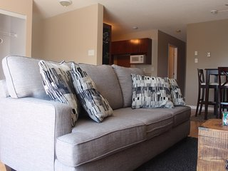 2 Bedroom Cozy Condo ready for your stay, Gatineau