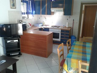 Apartments Magda - Two Bedroom Apartment with Terrace and Garden View(A1)