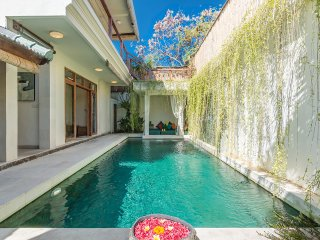 The pool of Villa Beji