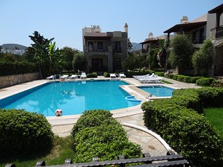 Bodrum Yalıkavak Villa Near The Beach With Shared Swimming Pool # 292
