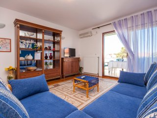 Apartment Goranka 2 - Three Bedroom Apartment with Balcony