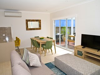 Hawkesnest Luxury Villas at the Heart of Huskisson. Villa 2