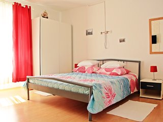 Center of the old town studio apartment