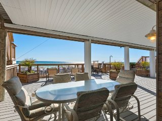 Beachfront with 3 Huge Decks! New Remodel! 7 Bedrooms & 10 Bathrooms