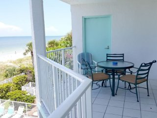 West Coast Vista Beachfront Premium Condo # 2C