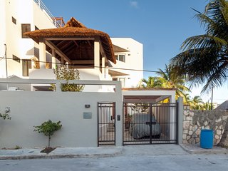 Casa Agua Azul, 3 Story 3 bedroom house W/Sea View