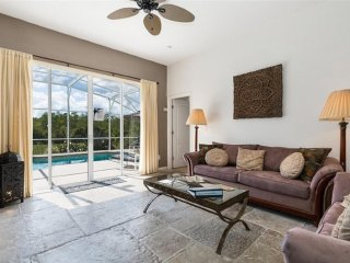 Welcoming 4 bedroom 3 bath Highlands Reserve home 7 miles to Disney from $173nt