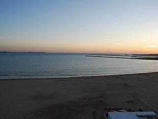 Alquilo apartamento valdemar a pie de playa